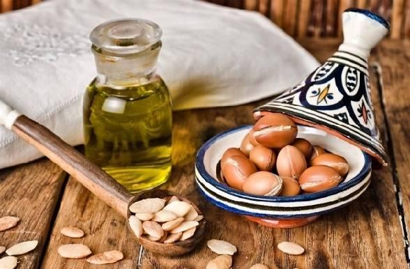 त्वचा के निशान के लिए ऑर्गन का तेल - Argan oil to get wrinkle free skin in Hindi