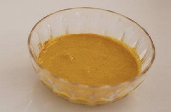 डार्क नैक होम रेमेडी है बेसन - Gram Flour for Black Neck in Hindi