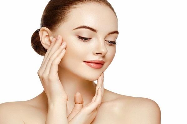कैलामाइन लोशन का उपयोग करता है त्वचा को गोरा - Calamine Lotion for Skin Whitening in Hindi