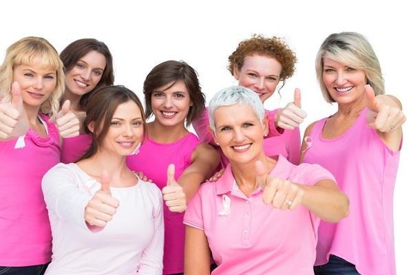 महिलाओं में ब्रेस्ट कैंसर होने की उम्र - Age factor in breast cancer in Hindi