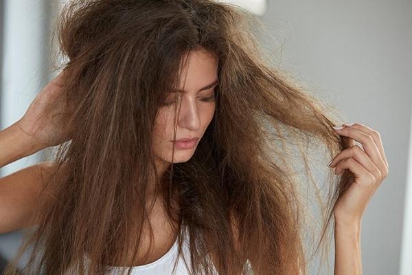 रूखे बालों को झड़ने से रोकने के लिए हेयर मास्क - Hair mask for preventing hair fall - dry hair in Hindi