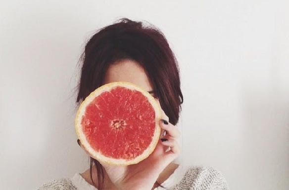 चकोतरा का उपयोग रखें त्वचा को चमकदार - Grapefruit for Skin in Hindi