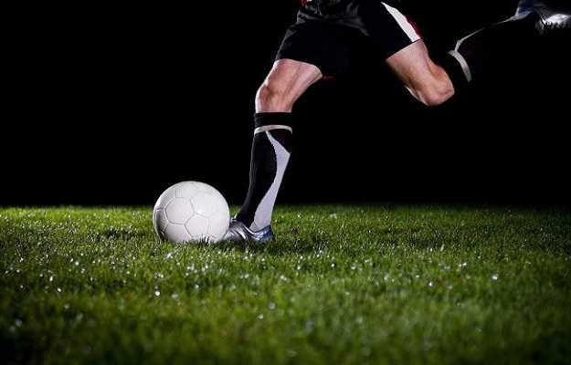 खुश रहने का तरीका है खेल कूद - Sports make you happy in Hindi
