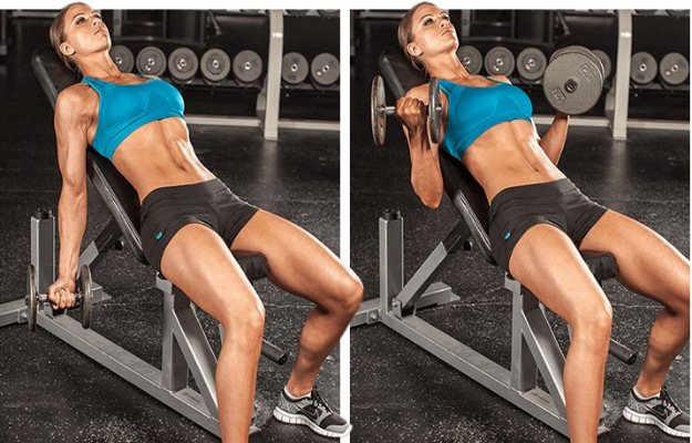 इनक्लाइन डंबल कर्ल एक्सरसाइज़ लाभदायक है बाइसेप्स के लिए - Incline dumbbell curl exercise good for biceps in hindi