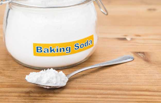 त्वचा की खुजली का घरेलू उपाय है बेकिंग सोडा - Baking soda for itchy skin in Hindi