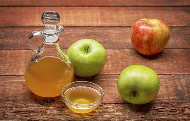 सेब का सिरका है त्वचा की खुजली में फायदेमंद - Apple cider vinegar for itchy skin in Hindi