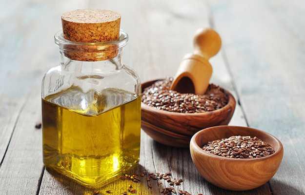 त्वचा की खुजली में तिल का तेल है गुणकारी - Sesame oil for itchy skin in Hindi